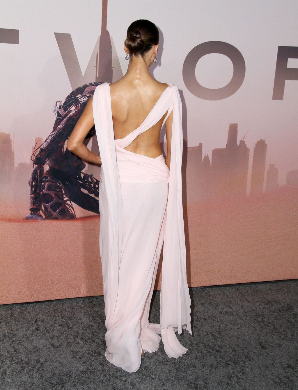 Angela Sarafyan Shows Her Cleavage at the Premiere of HBO's Westworld Season 3 (24 Photos)