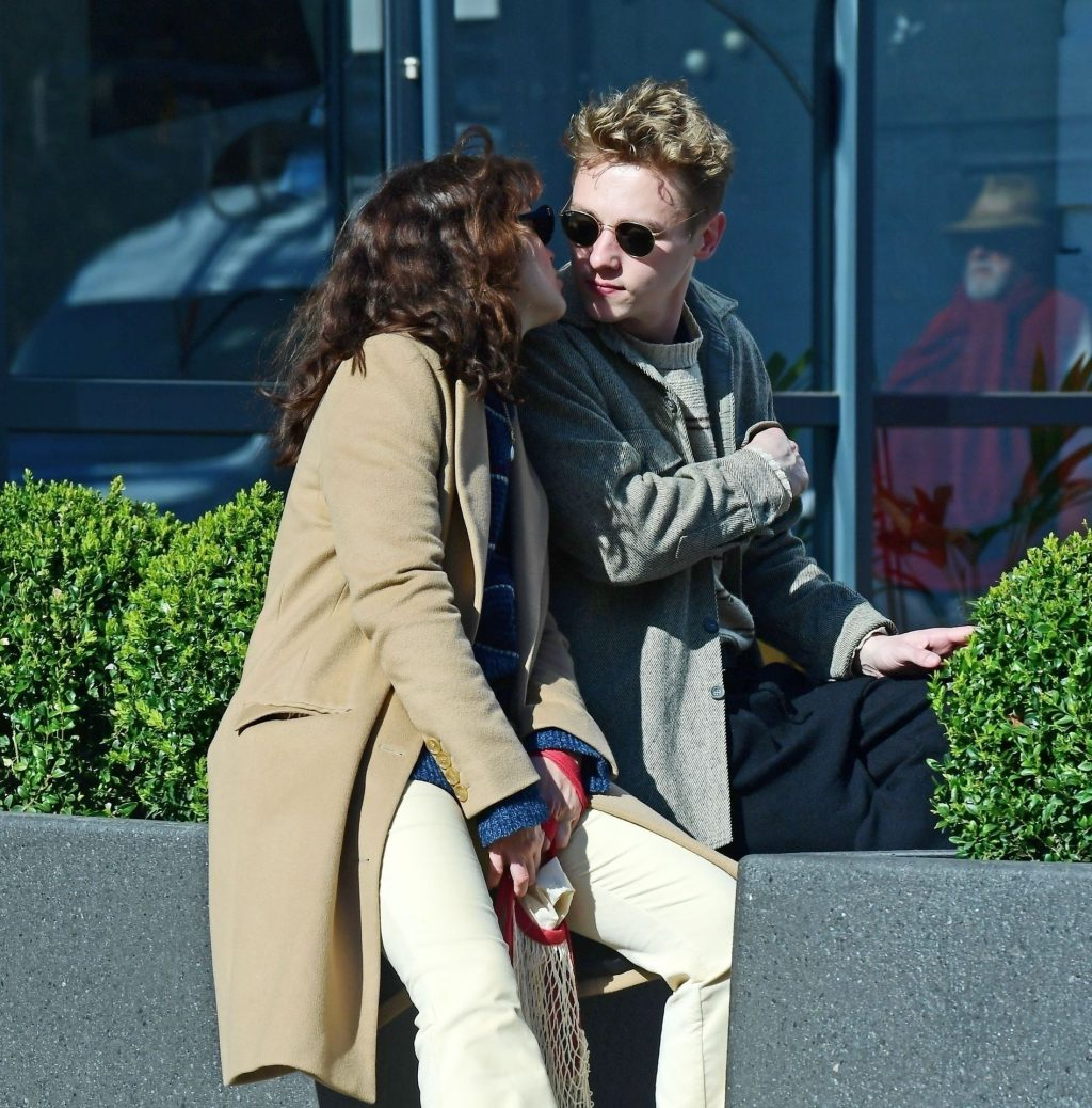 Ben Hardy & Olivia Cooke Out for a Romantic and Affectionate Stroll in Primrose Hill (17 Photos)