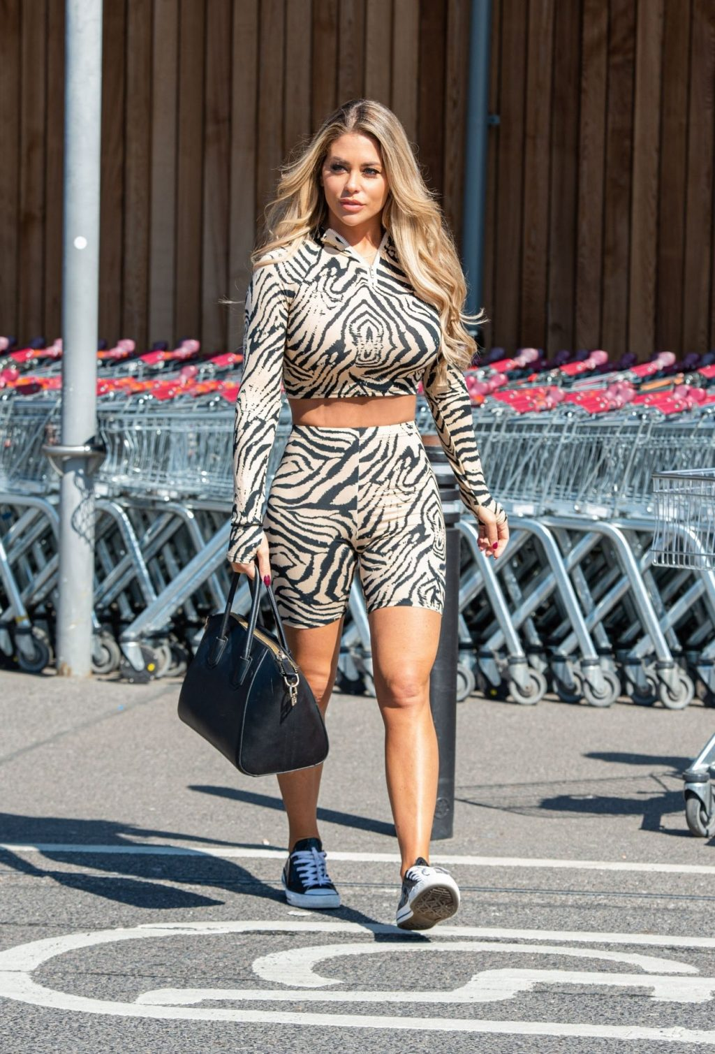 Bianca Gascoigne Was Seen at Sainsbury's in Gravesend (15 Photos)