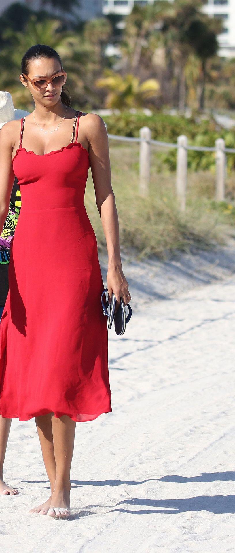 Candice Swanepoel & Lais Ribeiro Both Wear Tiny Leopard Print Bikinis on the Beach in Miami (69 Photos)