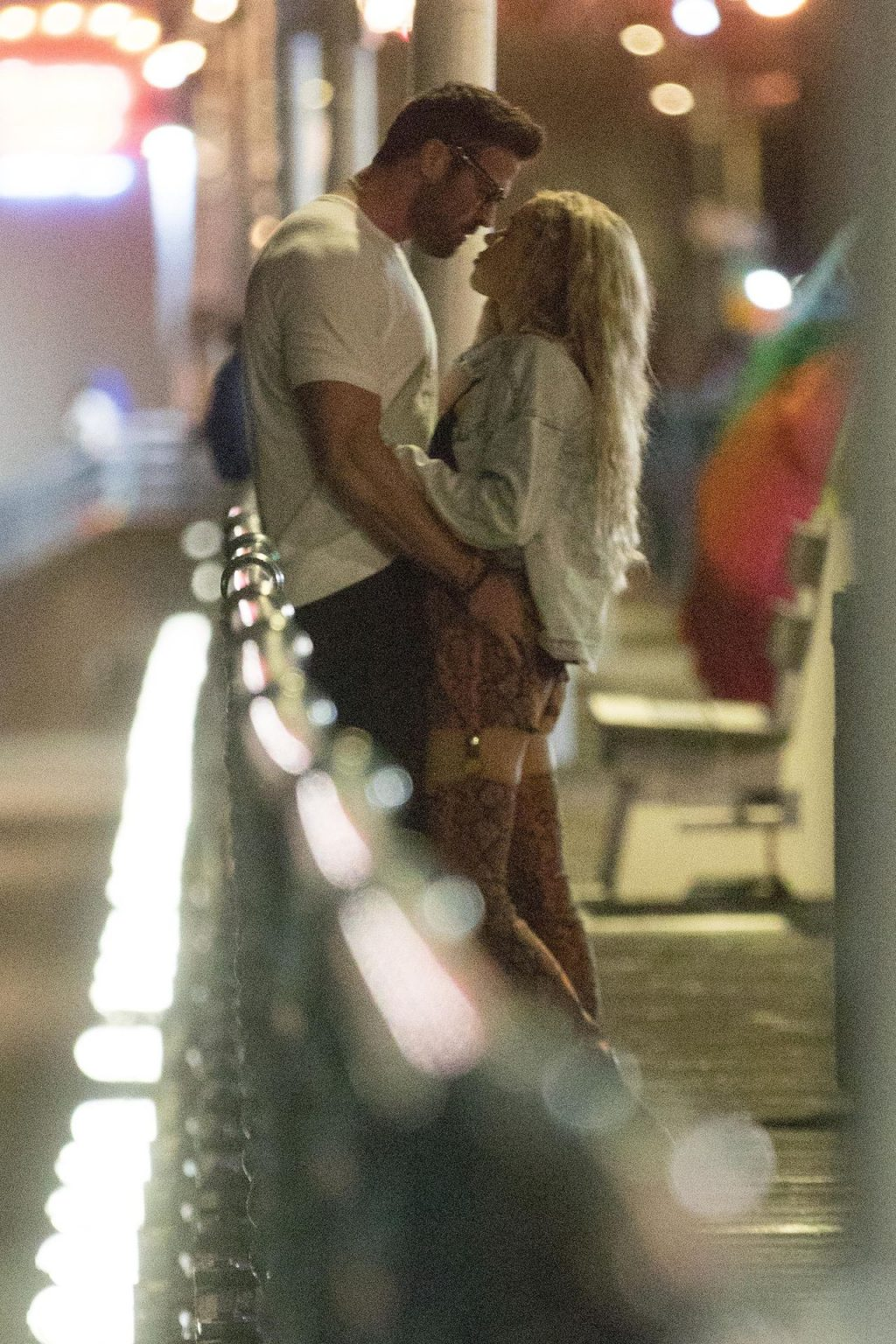 Chad Johnson & Annalise Mishler are Seen On a Low Key Date at the Santa Monica Pier (27 Photos)