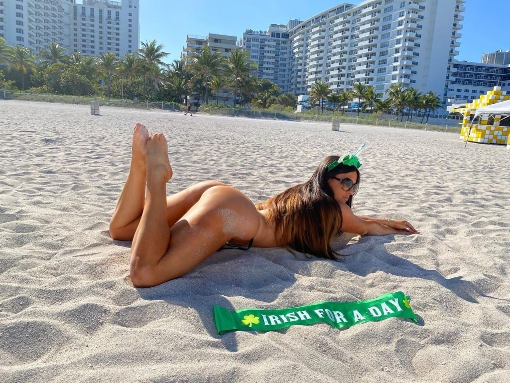 Claudia Romani is Ready for St Patrick's Day (15 Photos)