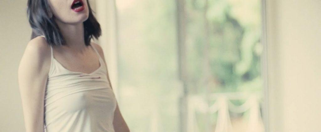 Danielle Haim & Alana Haim See Through (12 Pics + Video)