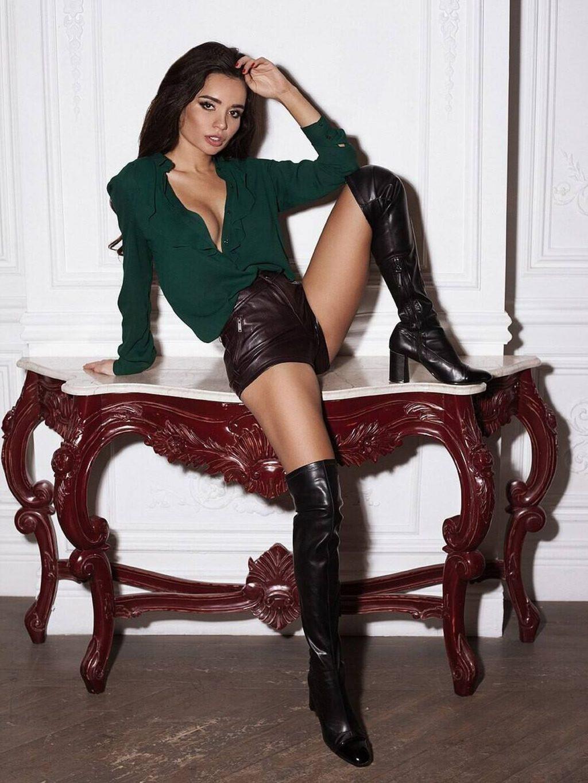 Ekaterina Zueva See Through & Sexy (10 Photos)