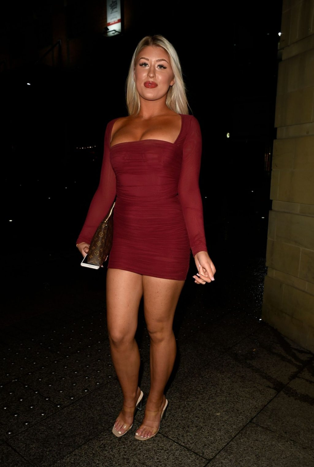 Eve Gale is Heading to China Whites in Manchester (17 Photos)