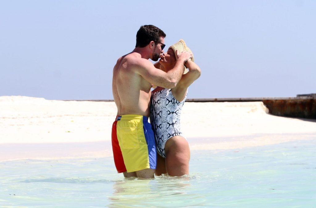 Kerry Katona & Ryan Mahoney Hit the Beach on Holiday at Their Luxury 5 Star Resort Ayada Maldives (43 Photos)