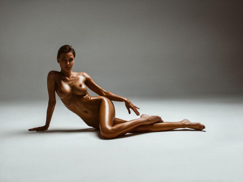 Marina Polnova Nude (16 Photos)