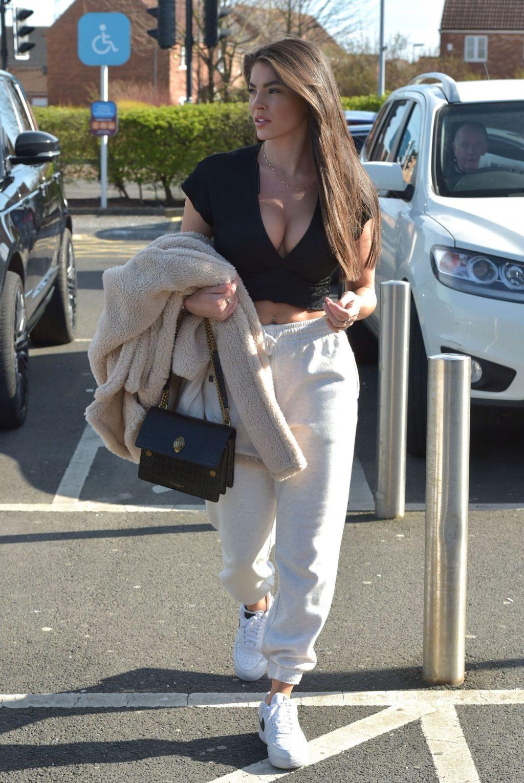 Rebecca Gormley is Seen Heading to Sainsbury's in Newcastle (34 Photos)