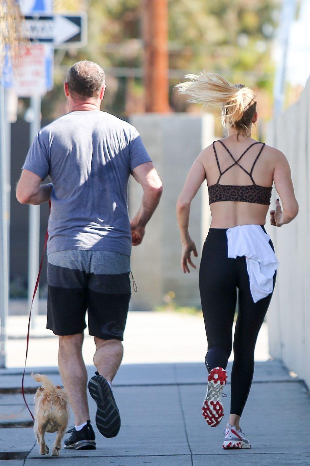Taylor Neisen Was Seen on a Morning Jog (11 Photos)