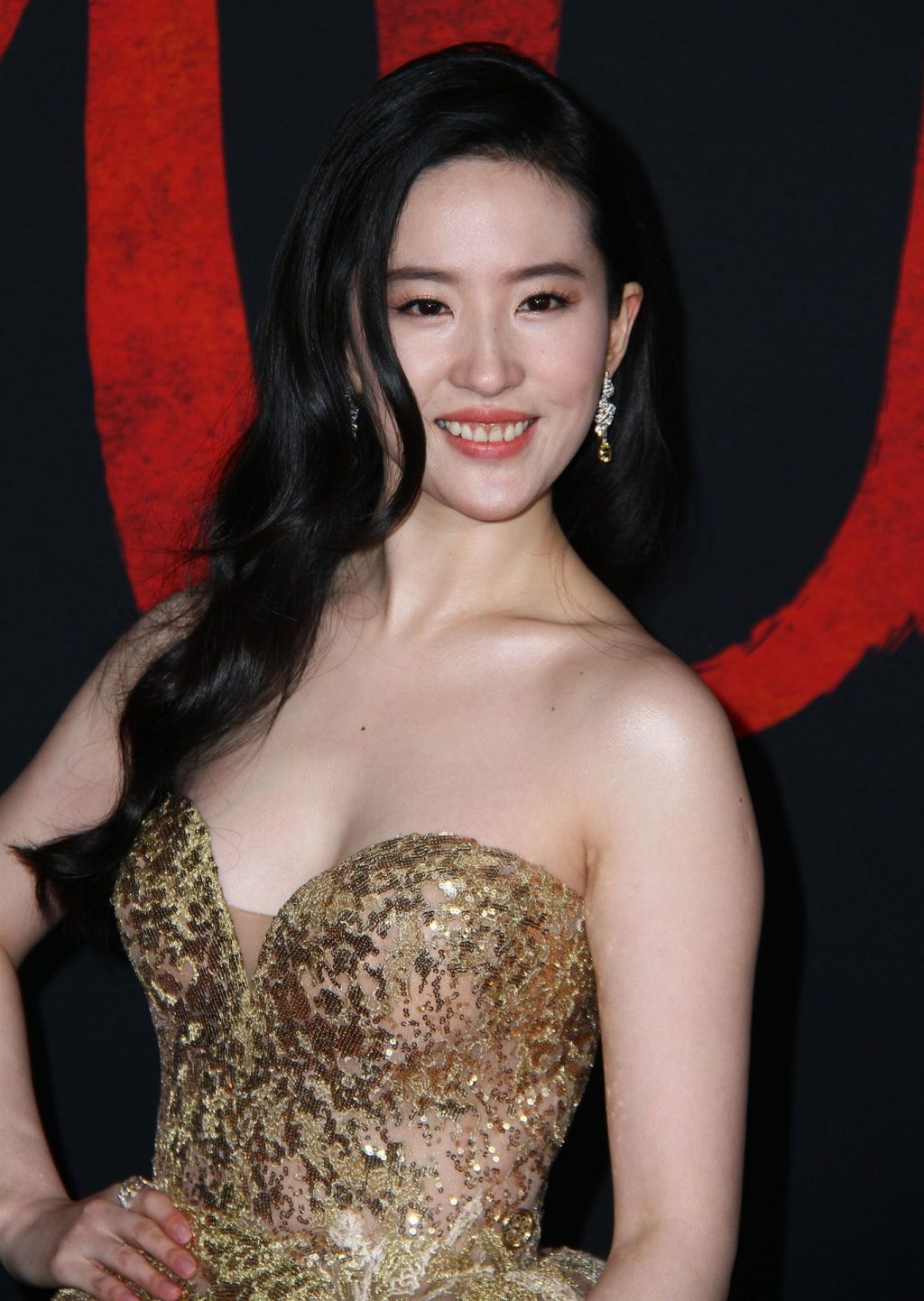 Look Back at Yifei Lius Gorgeous Red Carpet Looks at