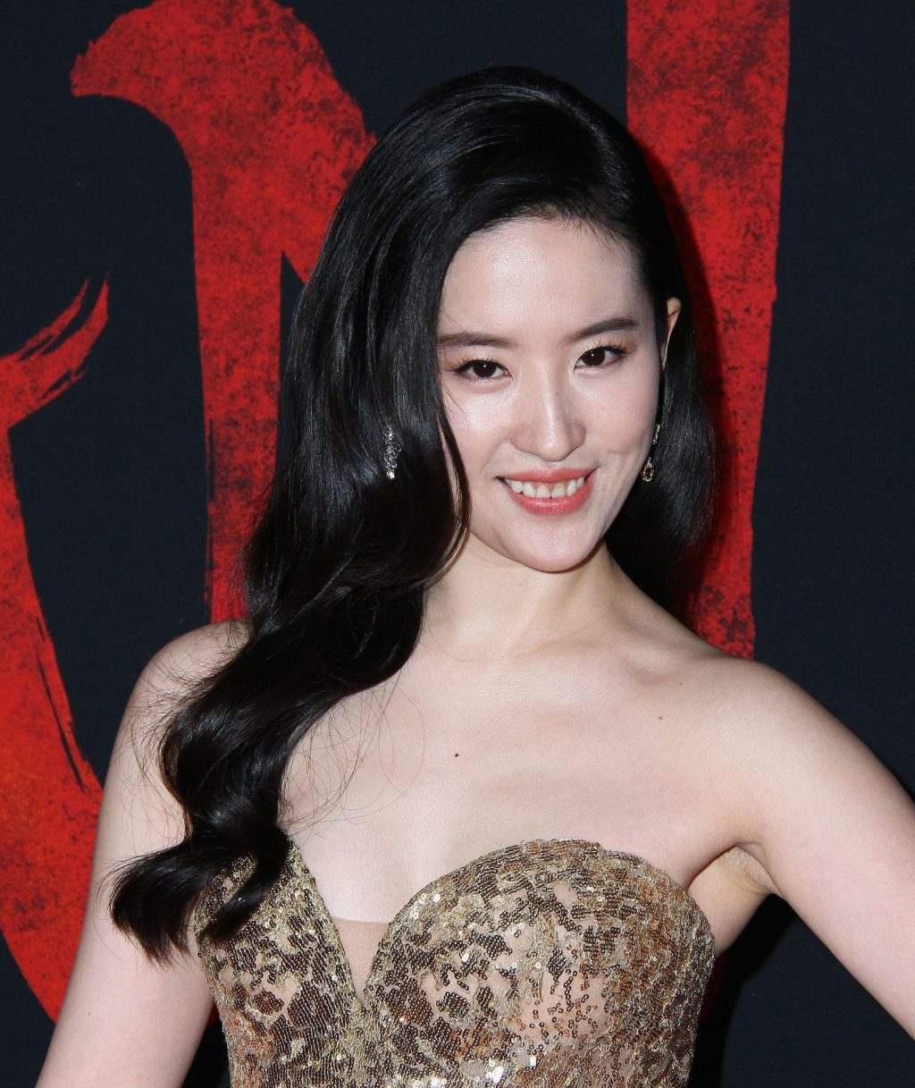 Yifei Liu Shines at the Premiere of Mulan in Los Angeles