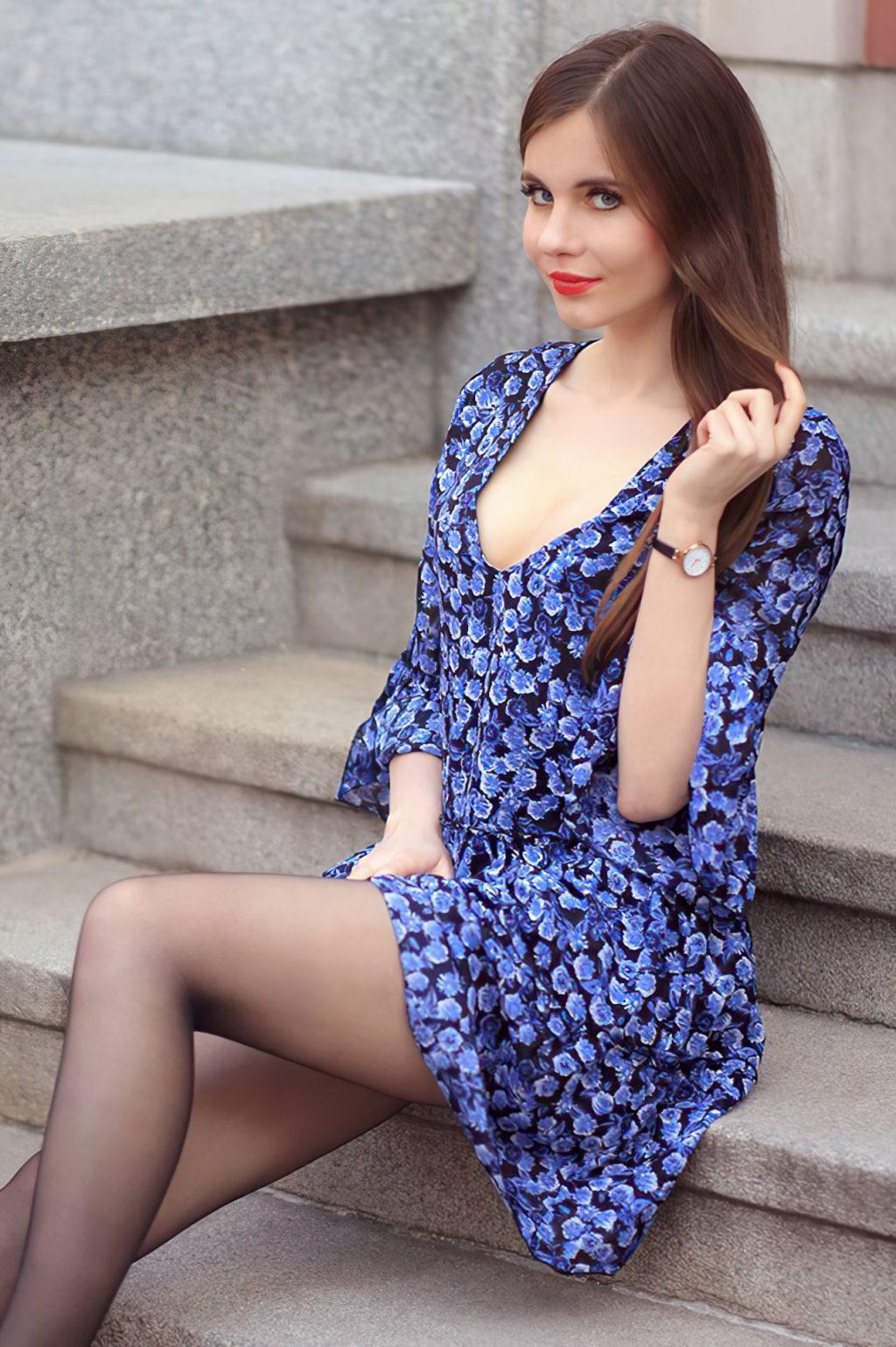 Ariadna Majewska Poses in a Sexy Blue Dress (10 Photos)