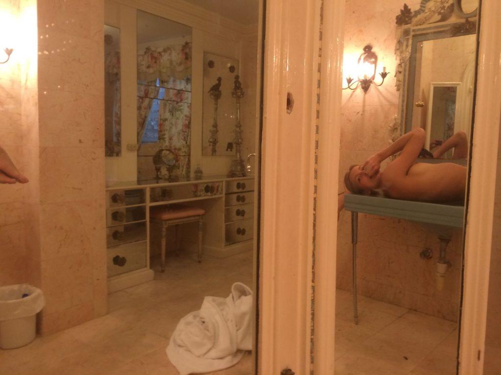 Allegra Carpenter Nude & Sexy (107 Photos + Video)
