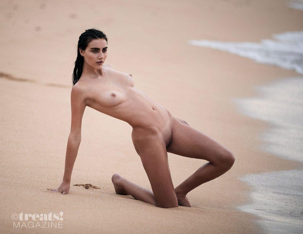 Anna Wolf Nude – Treats! Magazine (13 Photos)