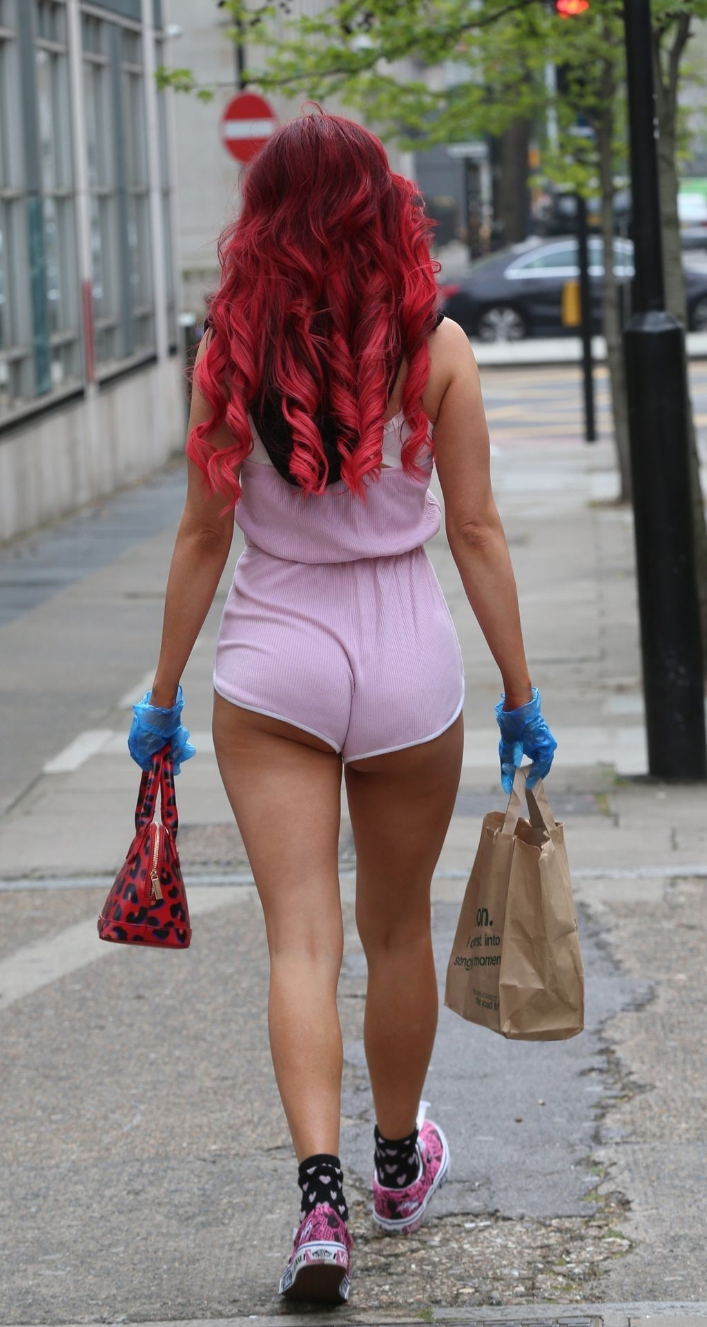 Carla Howe Protects Herself from COVID-19 with Mask and Gloves (24 Photos)