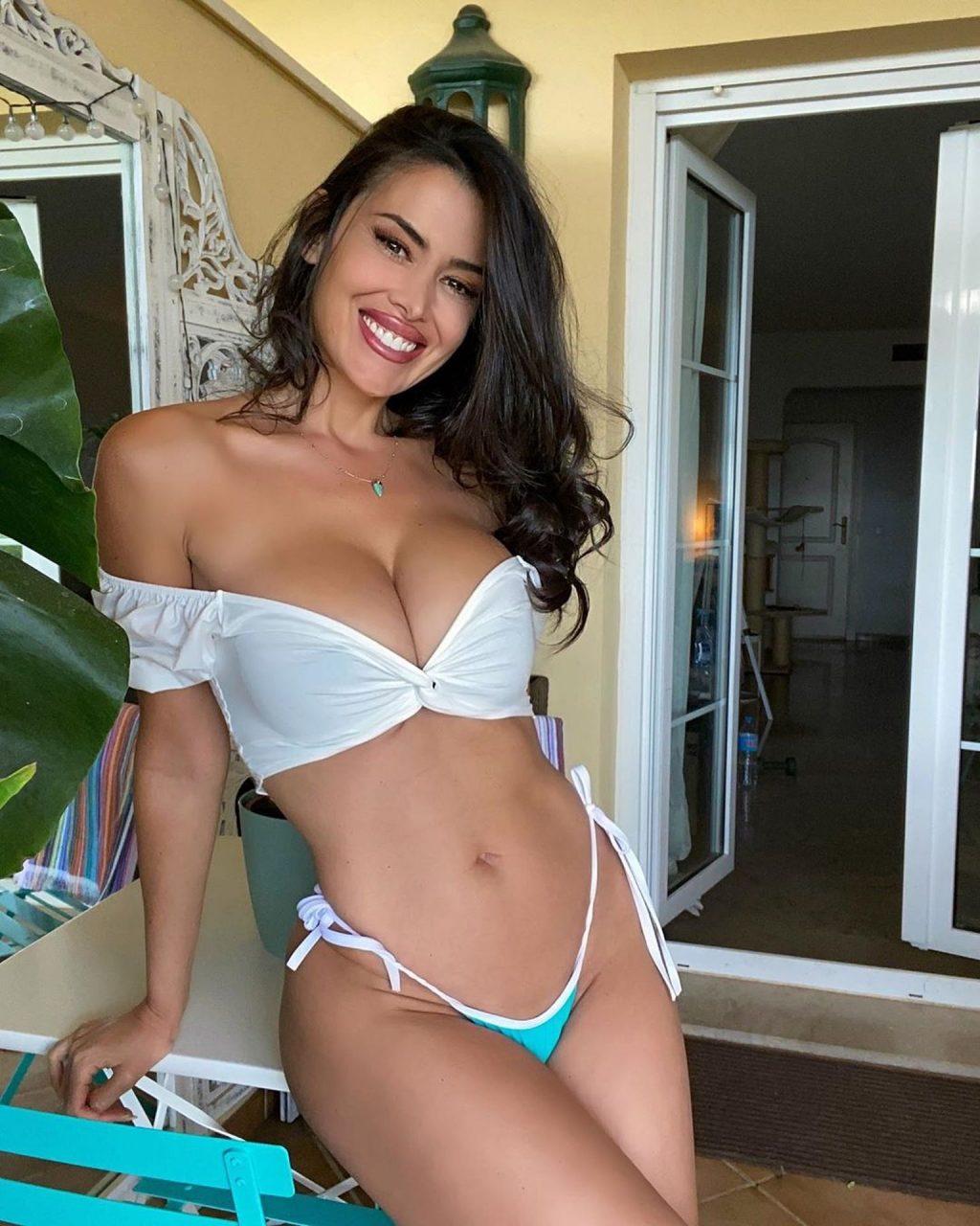 Eva Padlock Sexy (9 Photos)