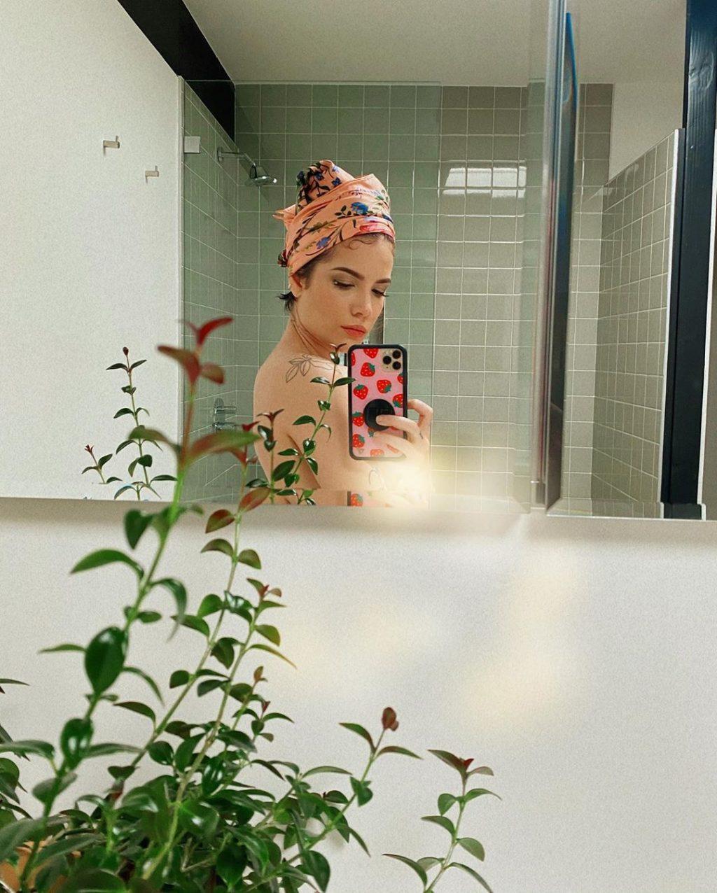 Halsey Sexy (3 New Photos)