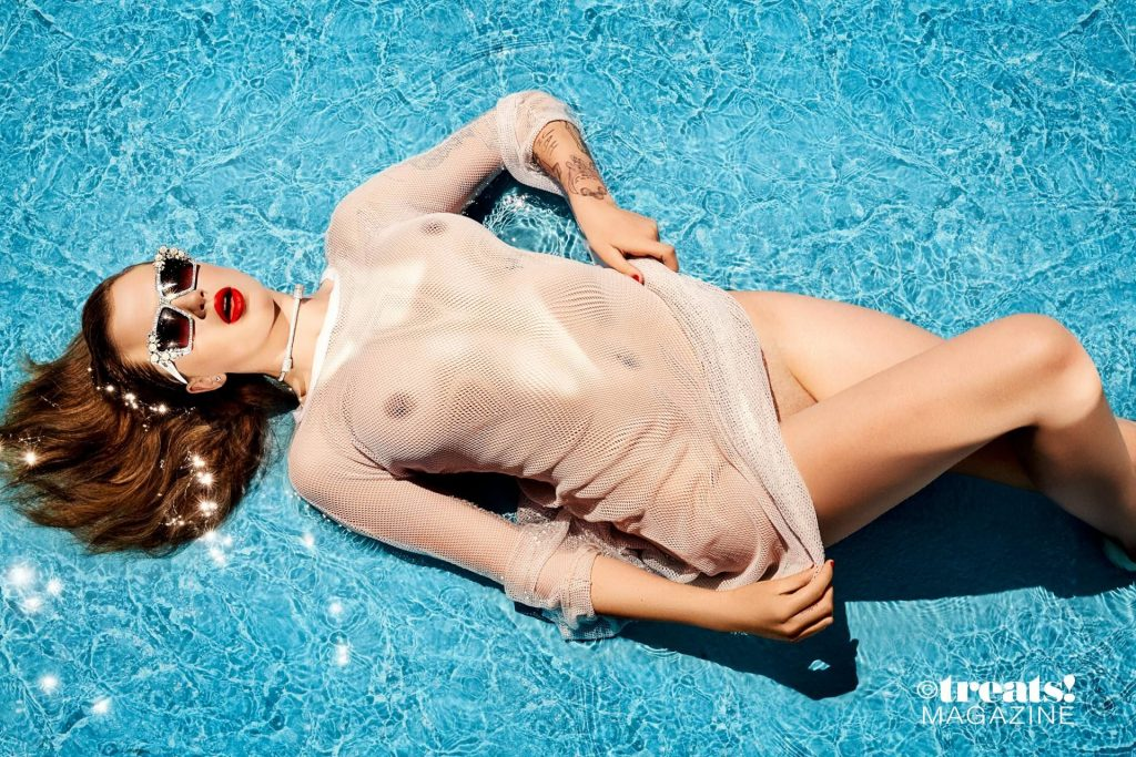 Ireland Baldwin Nude & Sexy – Treats! Magazine (23 Photos)