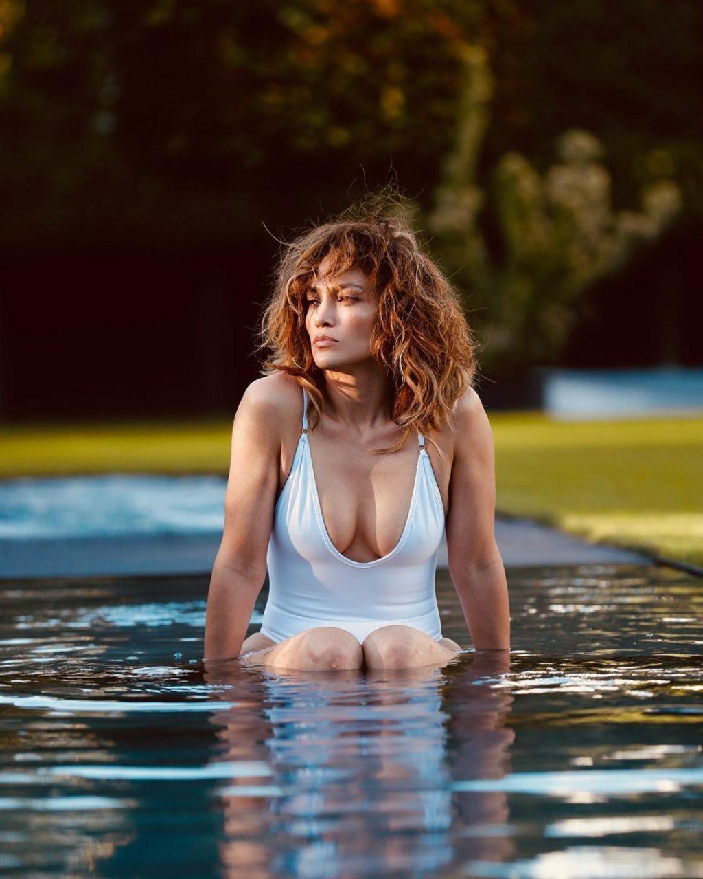 Jennifer Lopez Sexy (9 Pics + Video)