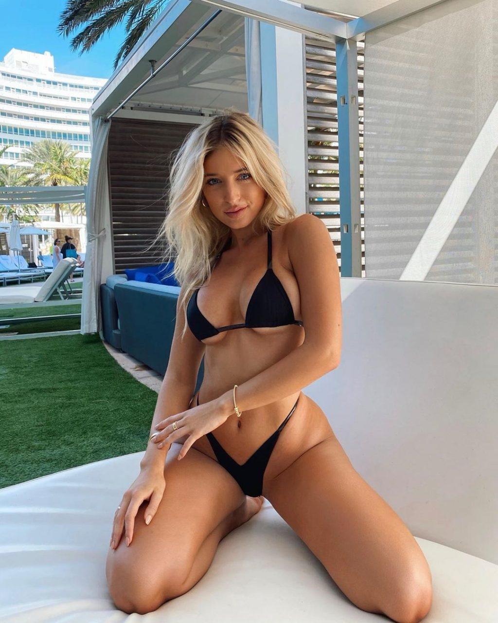 Nackt  Ann Jilissa Zoltko Who is