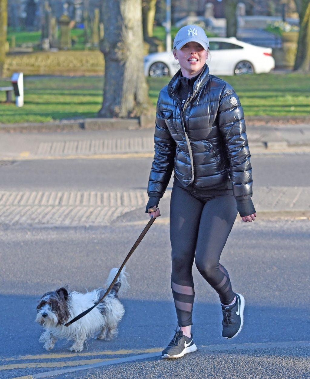 Jorgie Porter Was Seen Going for an Early Morning Jog in Manchester (22 Photos)