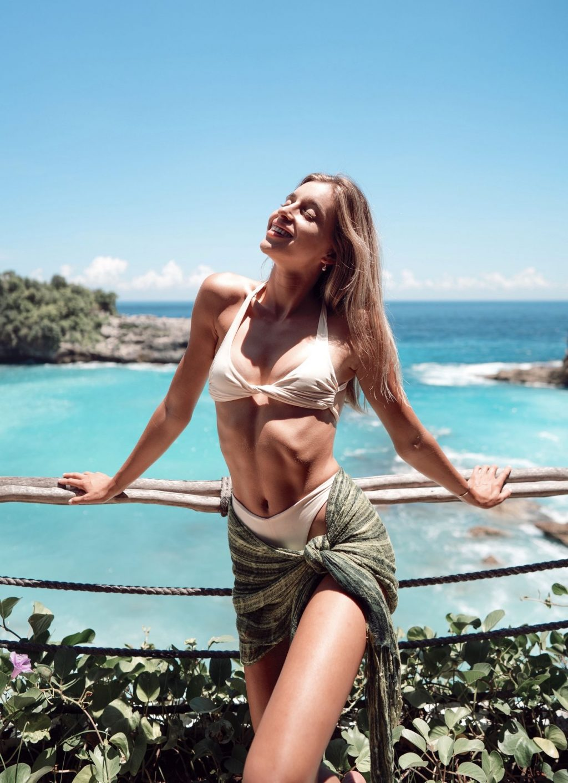 Kendall Fuhrman Sexy (21 Photos)