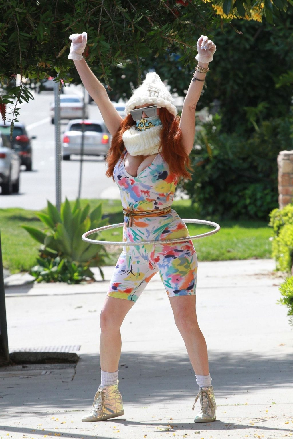 Phoebe Price Hula Hoops Into the New Week (20 Photos)