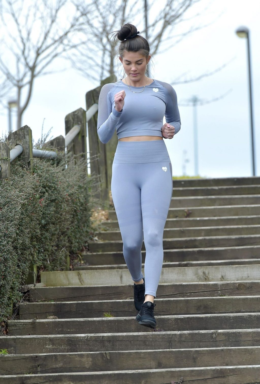 Rebecca Gormley Has a Wardrobe Mishap as She Shows Off a Mud Stain on Her Backside After Exercising (16 Photos)
