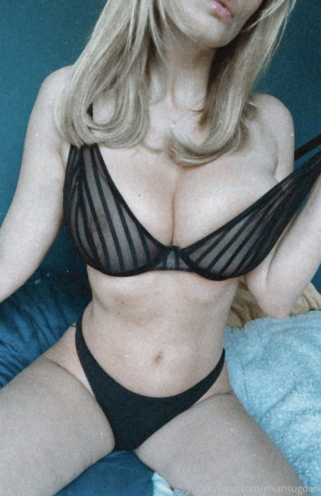 Rhian Sugden Nude & Sexy (6 Leaked Photos)
