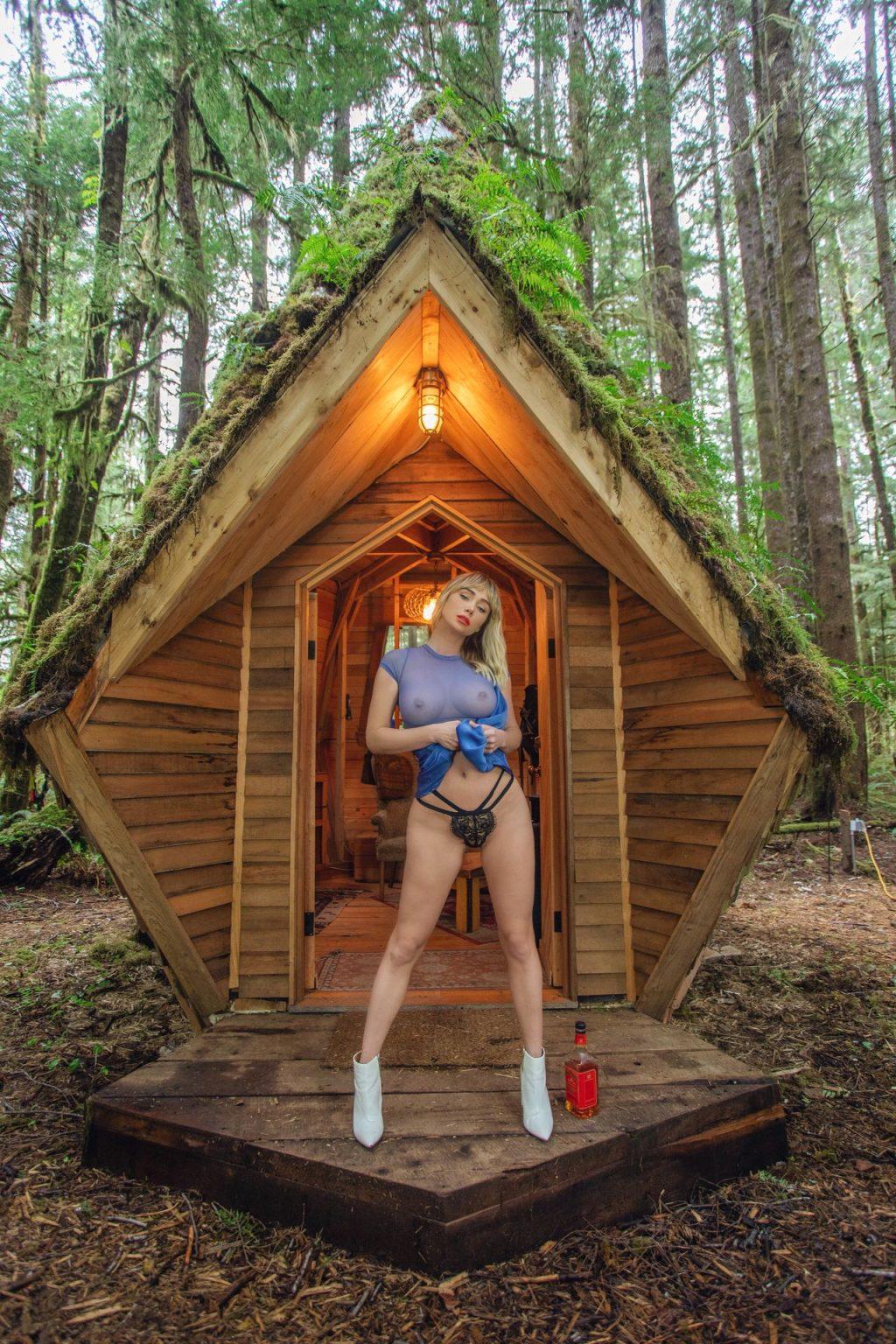 Sara Underwood Nude & Sexy (8 Photos)