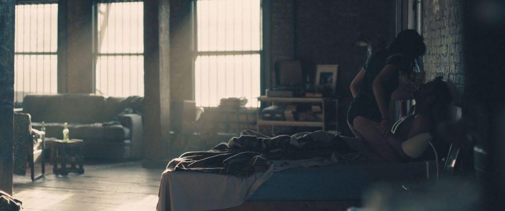 Shailene Woodley Nude – Endings, Beginnings (31 Pics + GIF & Video)