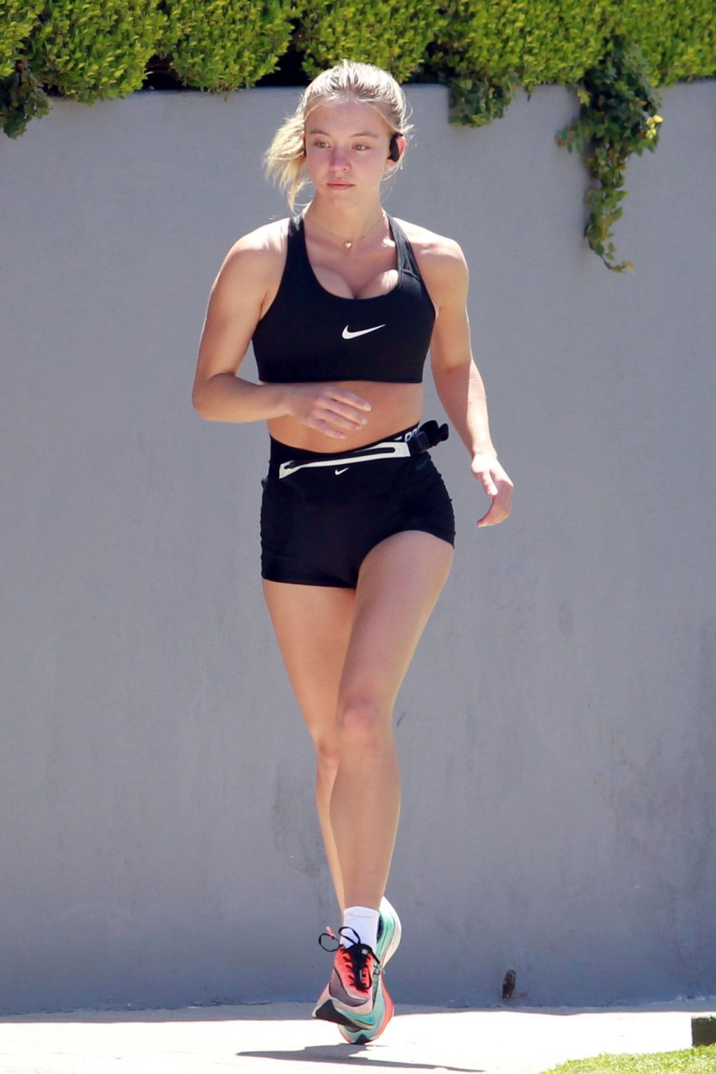 Sydney Sweeney Displays Her Fit Body While Jogging in LA (67 Photos)