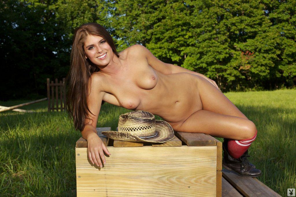 Tierra Lee Nude (15 Photos)