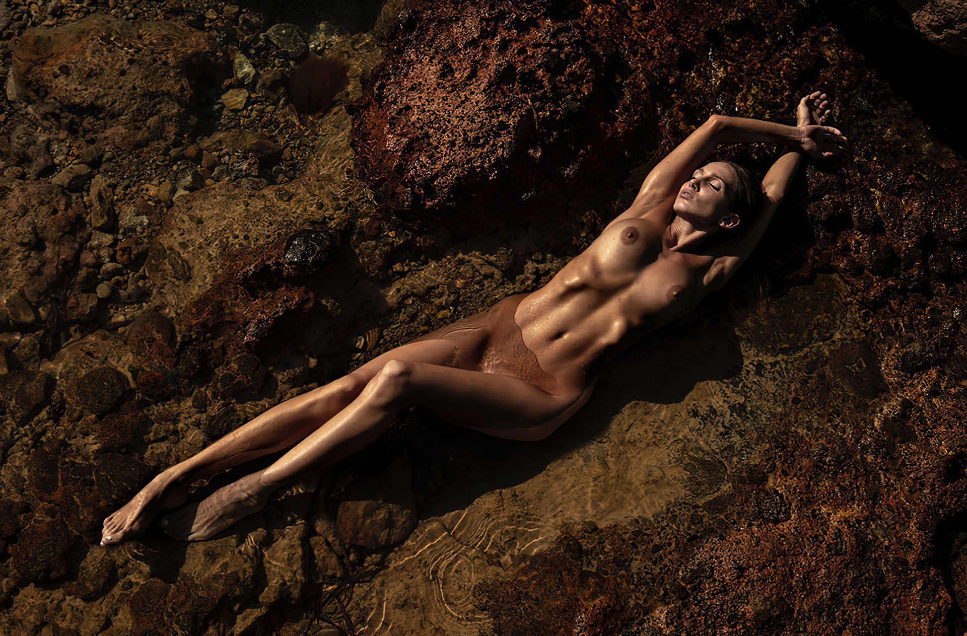 Amanda detmer naked pictures