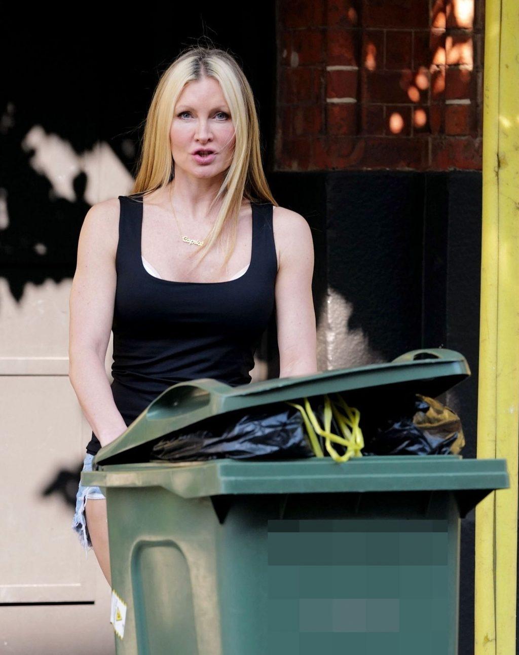 Caprice Was Pictured Wearing Denim Shorts During the Coronavirus Lockdown in London (12 Photos)