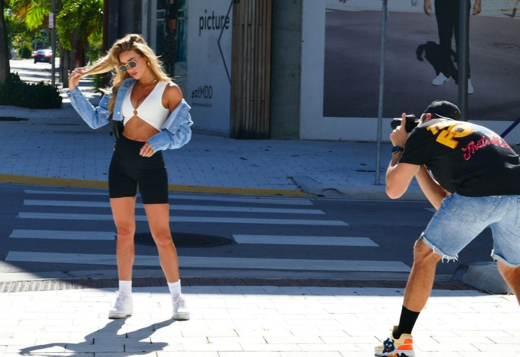Cindy Prado Does a Photoshoot on Hot Day in Miami (24 Photos)