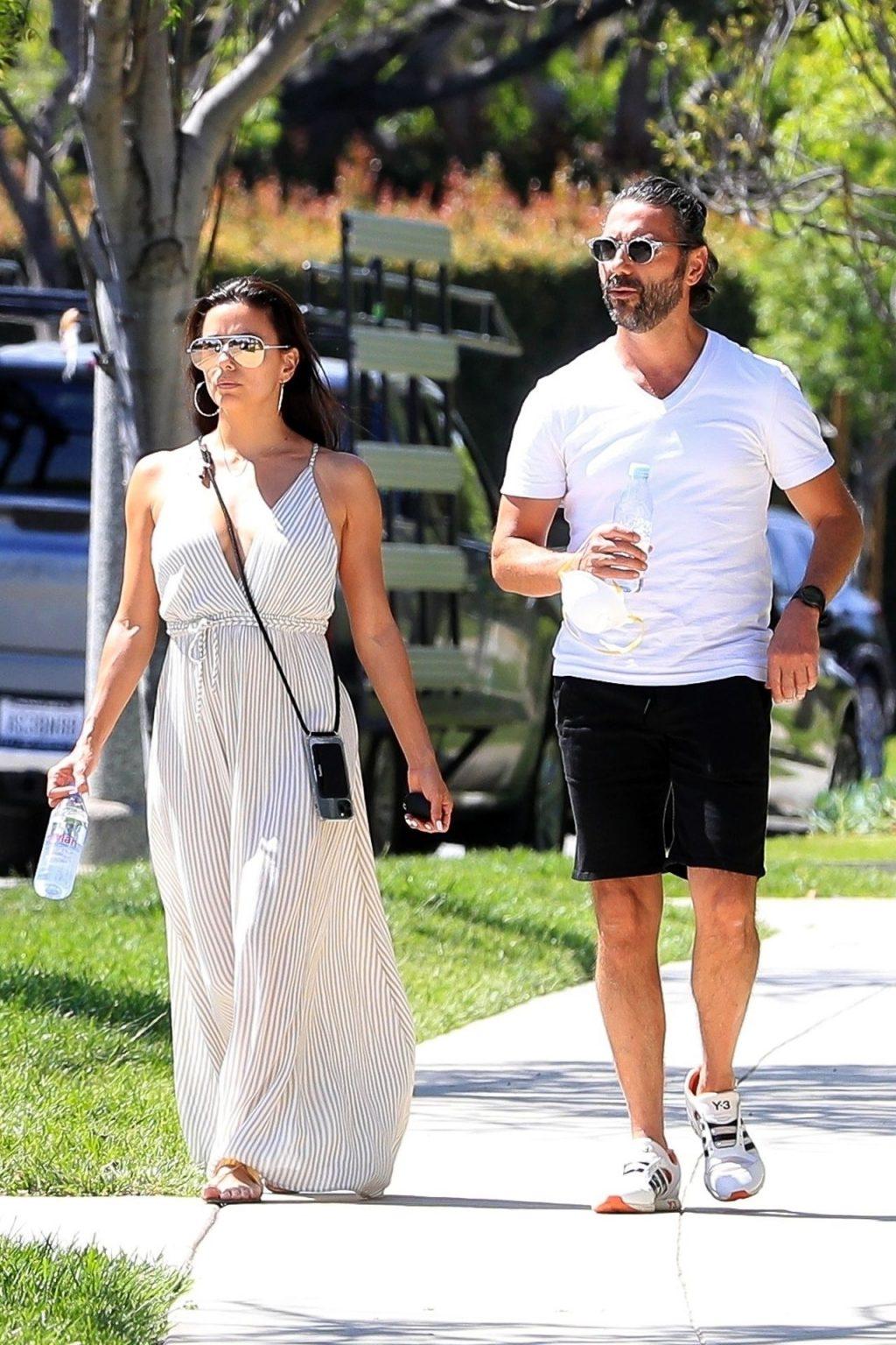 Eva Longoria & Jose Baston Go House Hunting in the 90210 (40 Photos)