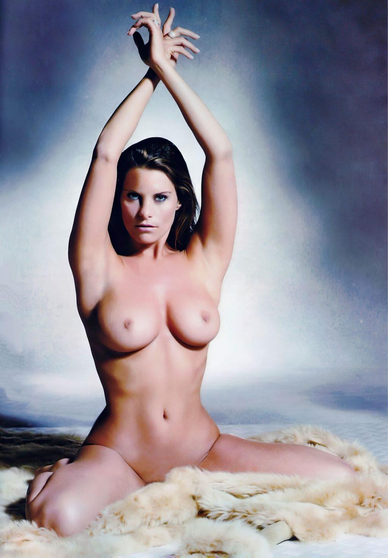 Fily Houtteman Nude (3 Photos)