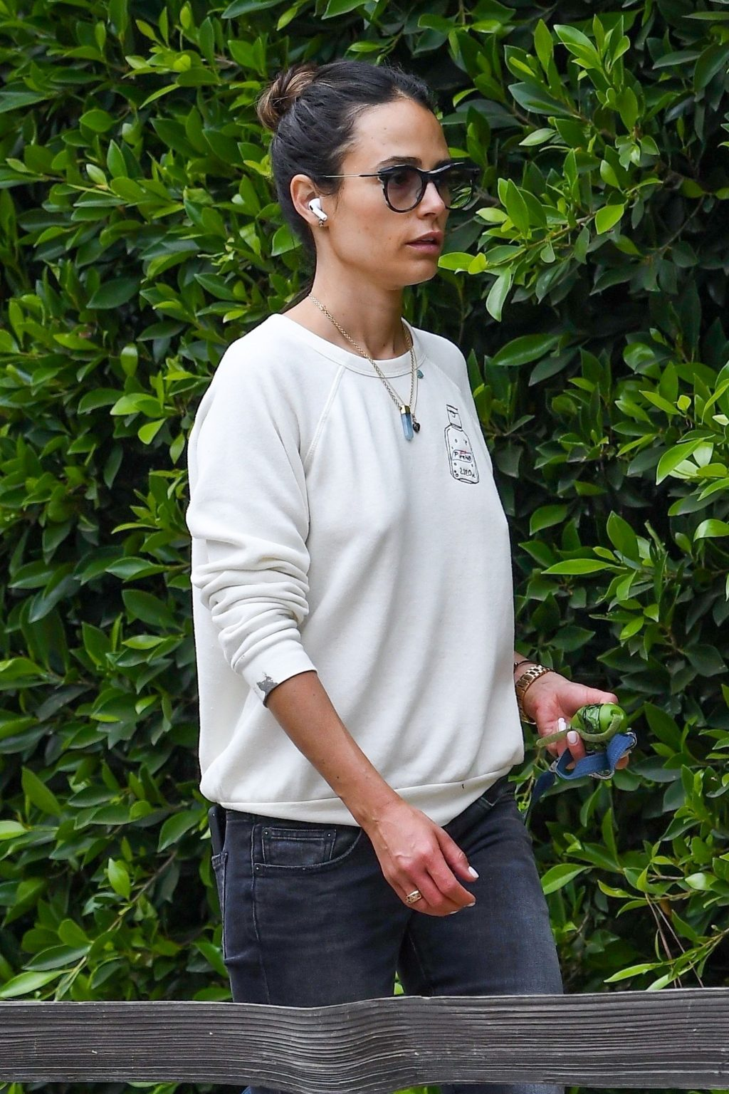Jordana Brewster Goes Bralelss For Solo Mother's Day Stroll (38 Photos)
