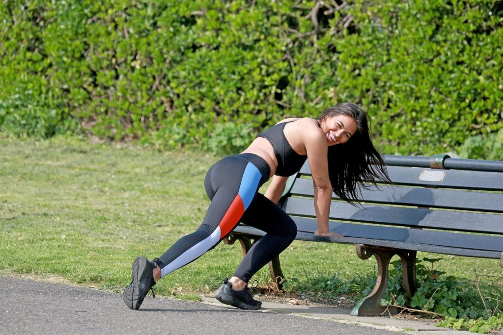 Lydia Clyma Looks Smoking Hot as She Gets Her Daily Exercise (31 Photos)