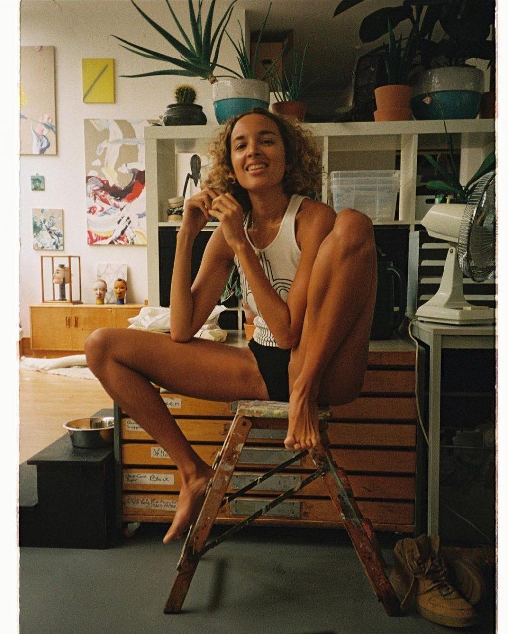 Phoebe Collings-James Sexy (21 Photos)