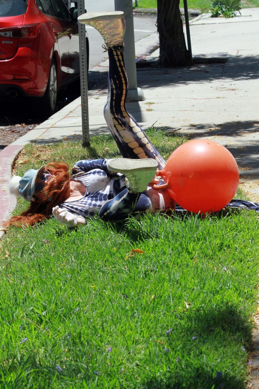 Phoebe Price Falls Off Her Workout Ball (42 Photos)