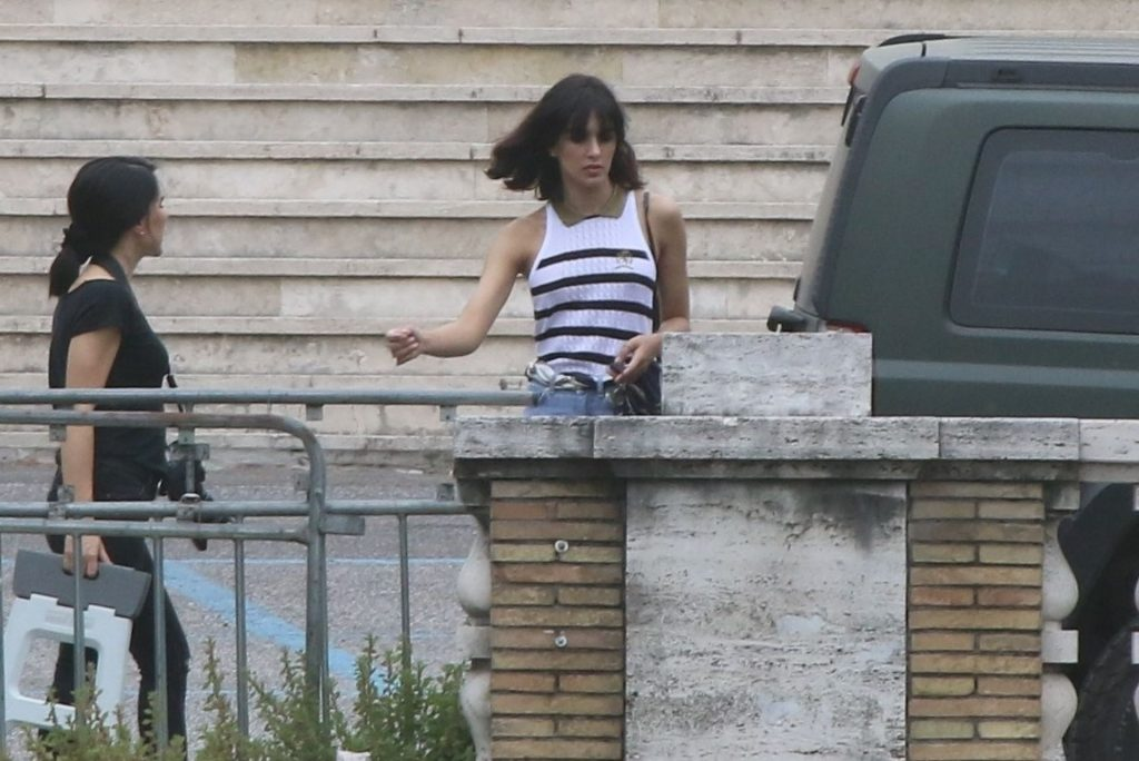 Rocio Munoz Morales Flashes Her Tits During a Photoshoot in Rome (38 Photos)