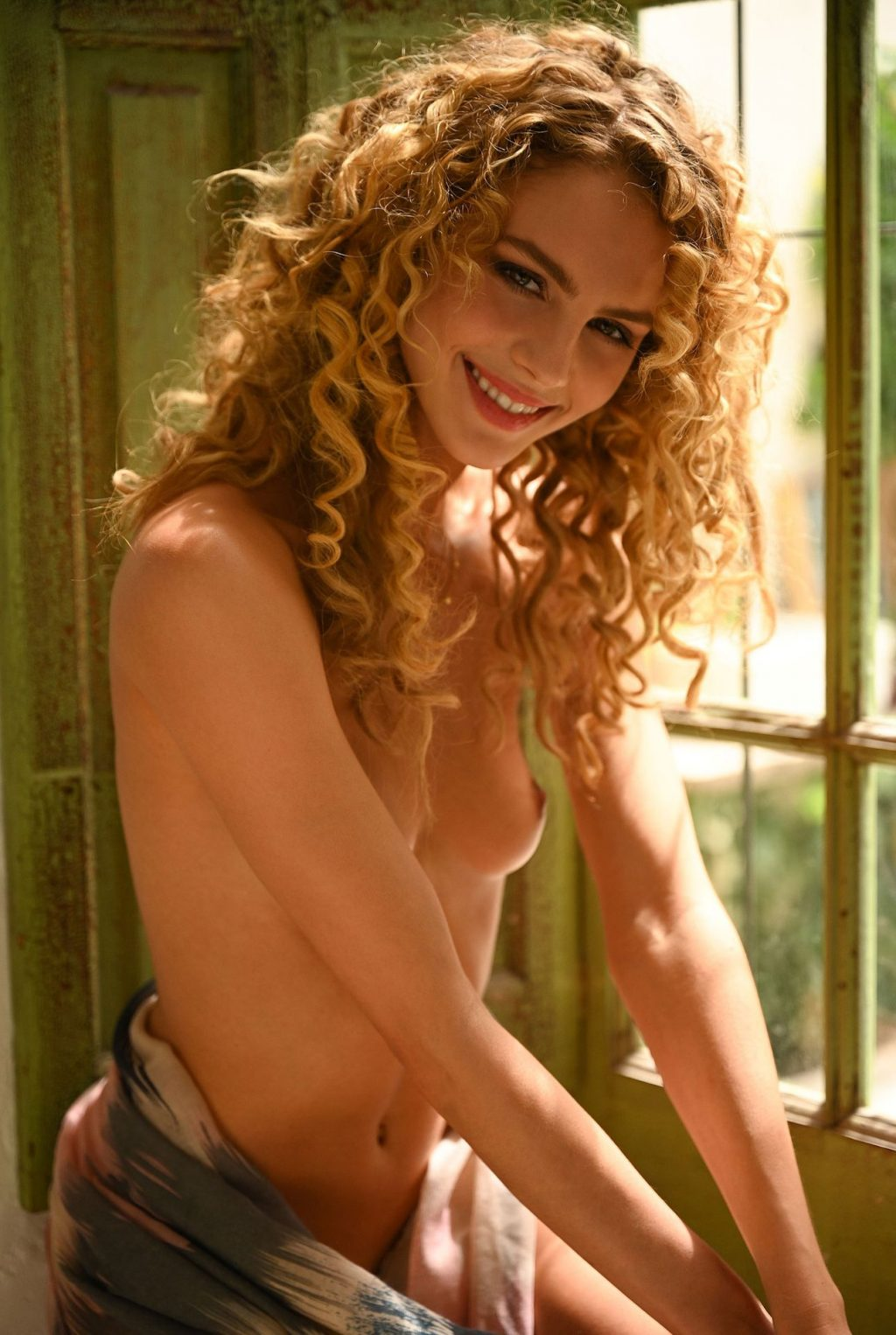 Simone Kowalski Nude (27 Photos)