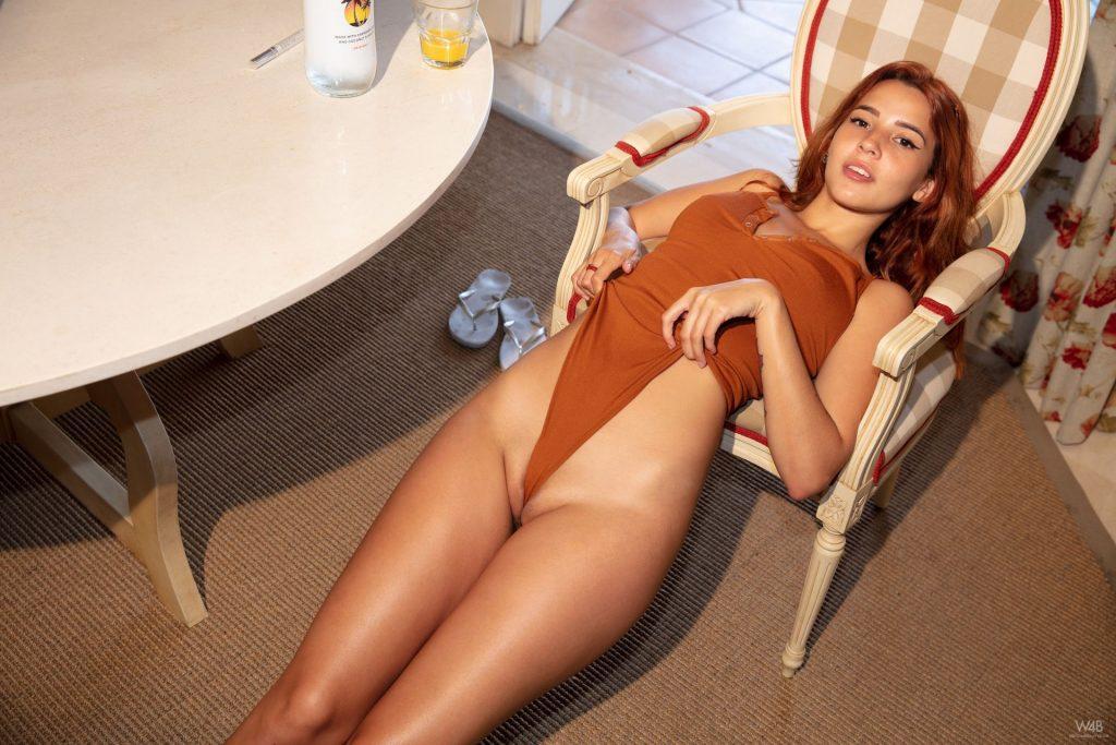 Agatha Vega Nude – Please Check My Holes (20 Photos)