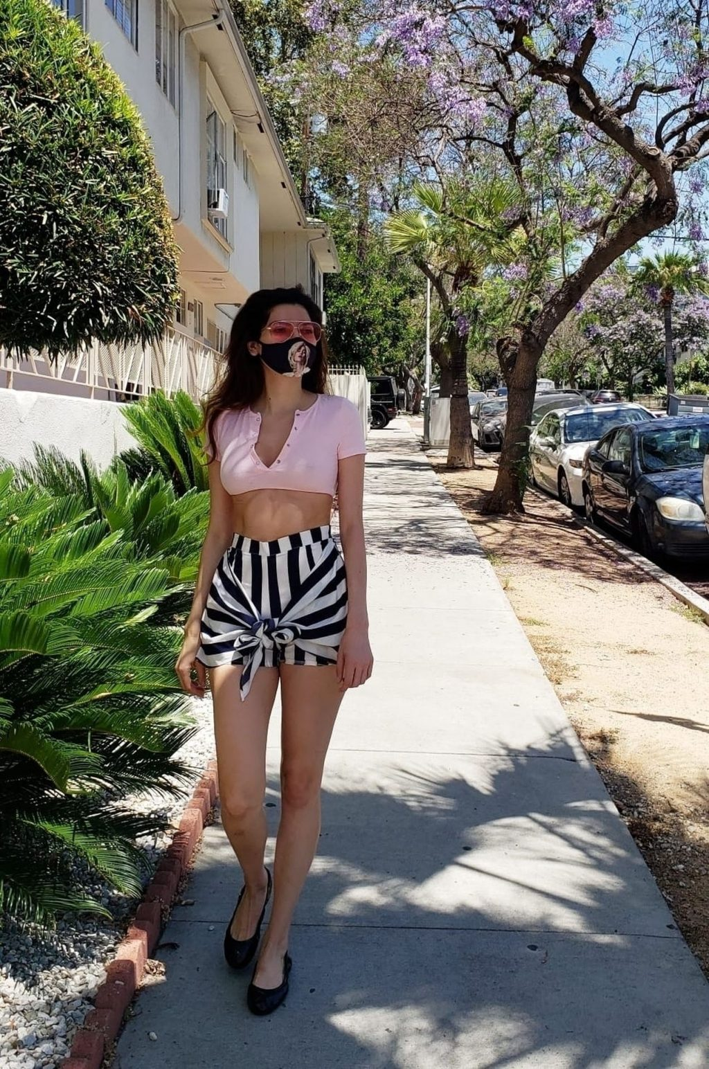 Leggy Blanca Blanco Grabs Lunch to-go in WeHo (14 Photos)