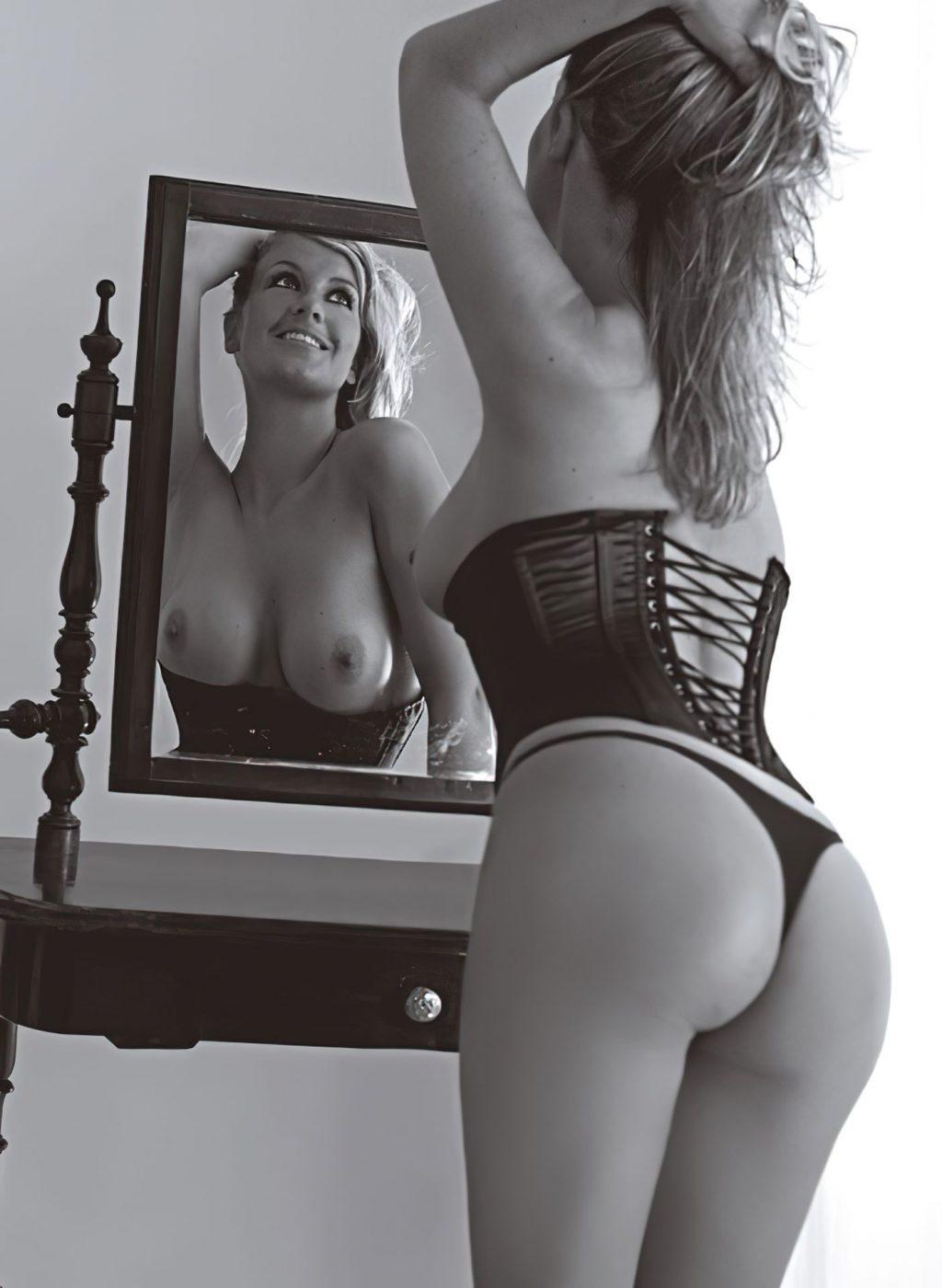 Charlotte Würdig Nude (12 Photos)
