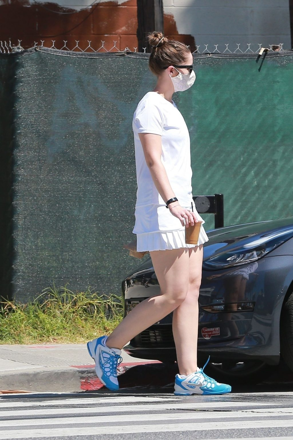 Christina Schwarzenegger Shows Off Her Toned Legs While on an Iced-coffee Run (19 Photos)