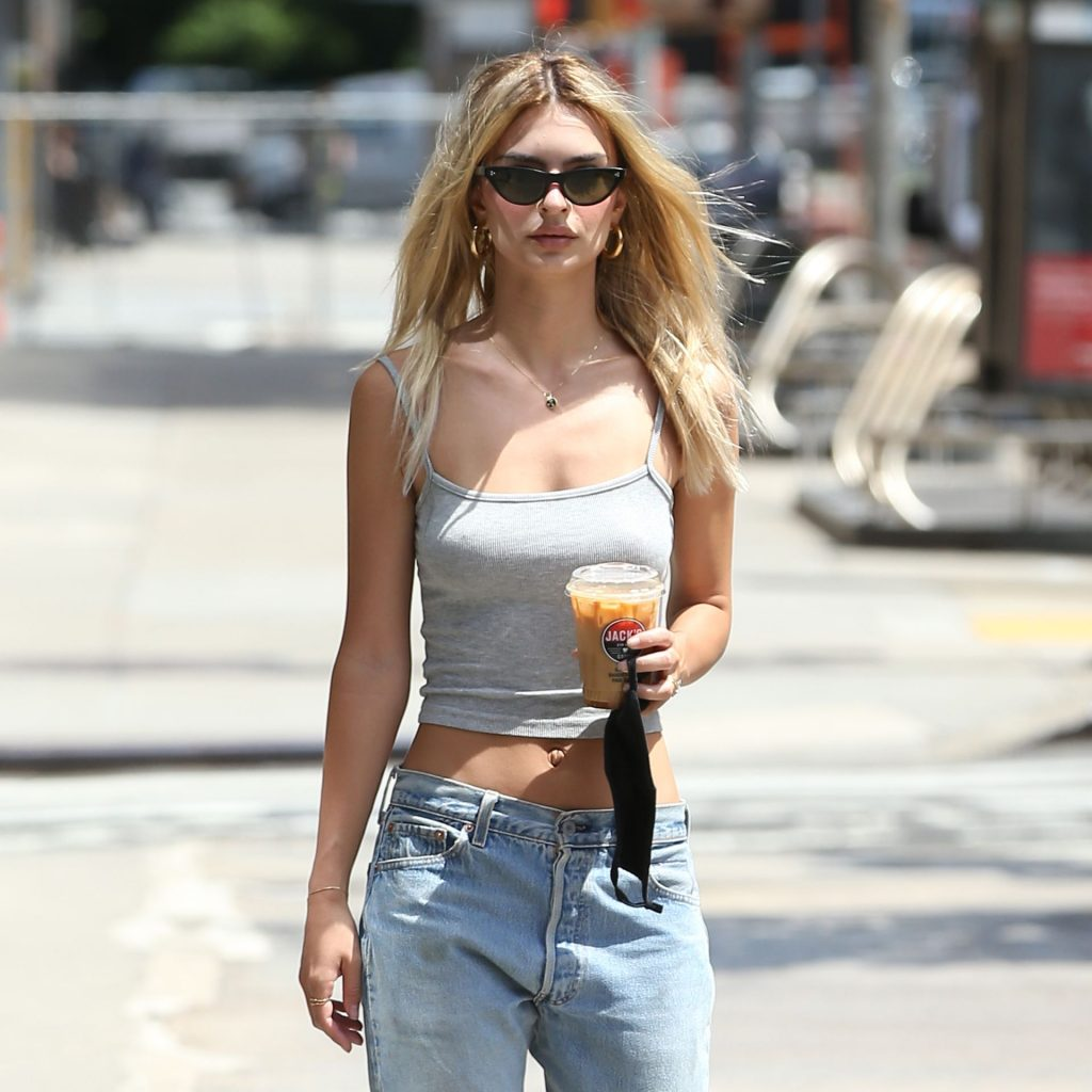 Emily Ratajkowski Is Seen Braless in a Grey Tank Top in NYC (19 Photos)