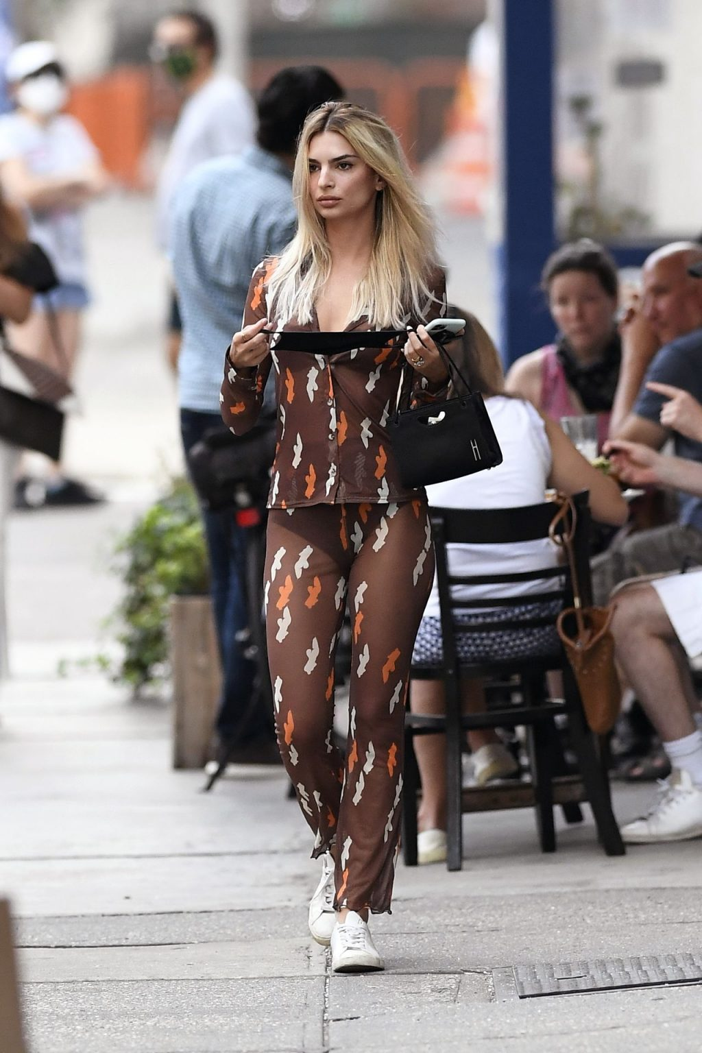 Sexy Emily Ratajkowski Steps Out in a Striking Sheer Outfit (42 Photos)